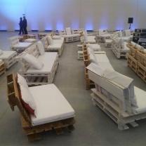Мебель из поддонов для массовых мероприятий МК205