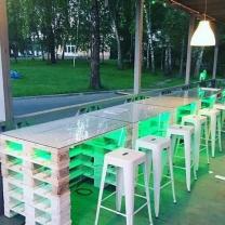 Мебель для кафе из поддонов МК122