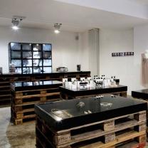 Мебель для магазина из поддонов МК10