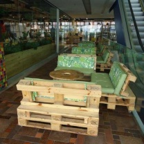Мебель для кафе из поддонов МК106